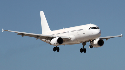 LY-OWL - Airbus A320-232 - GetJet Airlines