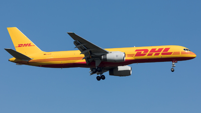 A picture of DALET - Boeing 75728A(PCF) - DHL - © Sierra Aviation Photography