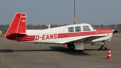 A picture of DEANS - Mooney M20G Statesman - [680008] - © Boris Motel