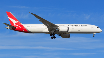 A picture of VHZNH - Boeing 7879 Dreamliner - Qantas - © William Bond