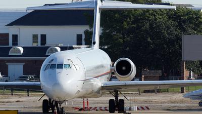 N787TW  McDonnell Douglas MD83  Ameristar Jet Charter