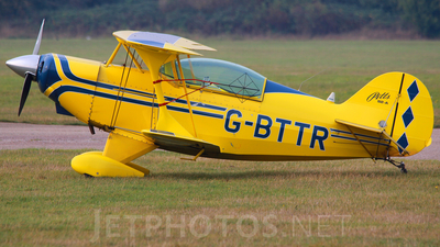 G-BTTR - Pitts S-2A Special - Private