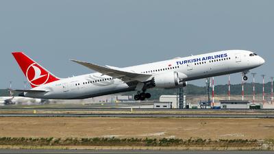 TC-LLB - Boeing 787-9 Dreamliner - Turkish Airlines