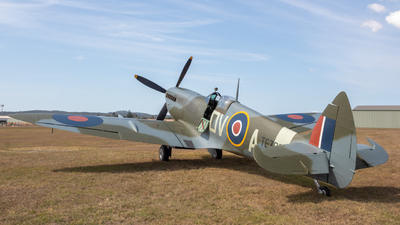 VH-XWE - Supermarine Spitfire Mk.XVI - Private