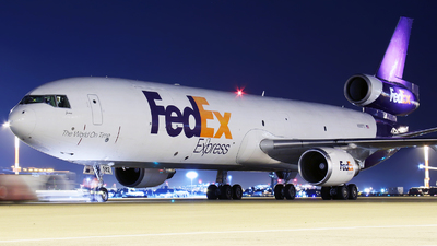 A picture of N582FE - McDonnell Douglas MD11F - FedEx - © Tim Bowrey