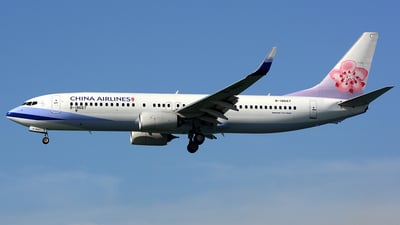 B-18667 - Boeing 737-8AL - China Airlines