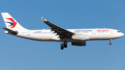 B-5937 - Airbus A330-243 - China Eastern Airlines