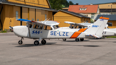SE-LZE - Cessna 172R Skyhawk - Scandinavian Aviation Academy