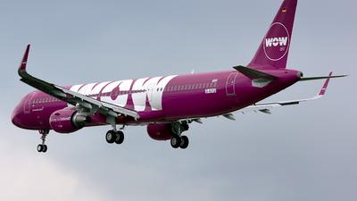D-AVYJ - Airbus A320-211 - WOW Air