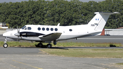 705 - Beechcraft B300 King Air - Guatemala - Air Force