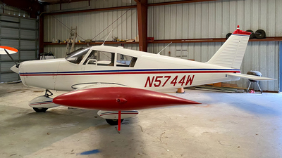 N5744W - Piper PA-28-160 Cherokee - Private