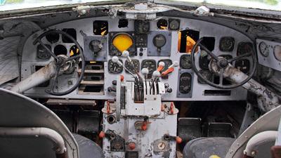 PT-AOB - Douglas DC-3A - TAF Linhas Aéreas