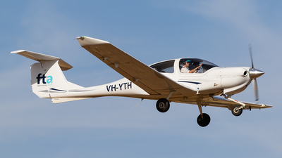VH-YTH - Diamond DA-40 Diamond Star - Flight Training Adelaide