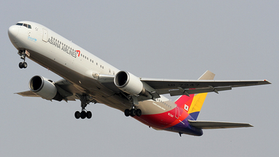 HL7247 - Boeing 767-38E - Asiana Airlines