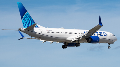 A picture of N27526 - Boeing 737 MAX 9 - United Airlines - © JTPAviation