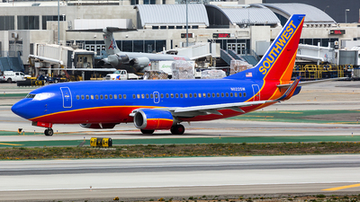 N622SW - Boeing 737-3H4 - Southwest Airlines