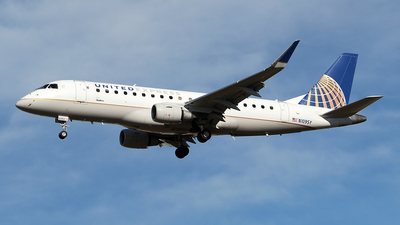 A picture of N109SY - Embraer E175LR - United Airlines - © toyo_69pr