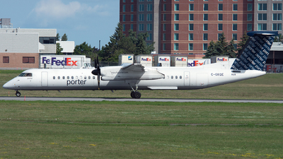 C-GKQE - Bombardier Dash 8-Q402 - Porter Airlines