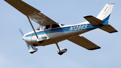 A picture of N12865 - Cessna 172M Skyhawk - [17262324] - © mariaLXY