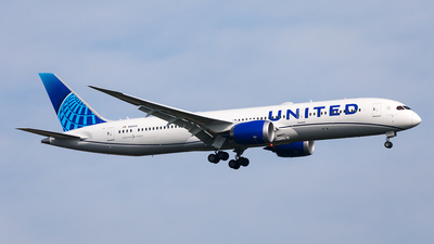 A picture of N24976 - Boeing 7879 Dreamliner - United Airlines - © Andre Bonn