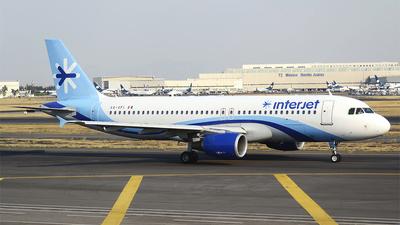 XA-VFI - Airbus A320-214 - Interjet