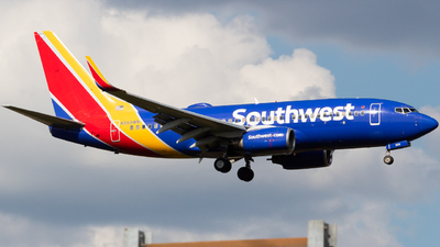 N560WN - Boeing 737-790 - Southwest Airlines
