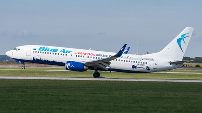 YR-BMH - Boeing 737-8K5 - Blue Air