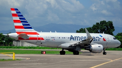 N9016 - Airbus A319-115 - American Airlines