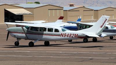 A picture of N9482M - Cessna 207A Skywagon - [20700698] - © Maurizio Riva