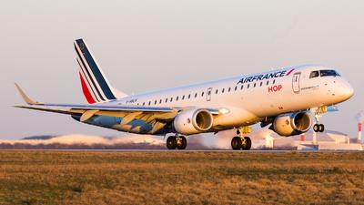 A picture of FHBLN - Embraer E190STD - Air France - © William Verguet