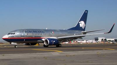 XA-LUN - Boeing 737-752 - Aeromexico