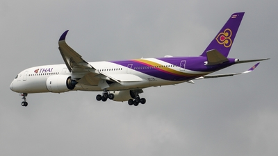 HS-THL - Airbus A350-941 - Thai Airways International