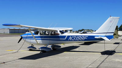 N3198F - Cessna 172I Skyhawk - Private