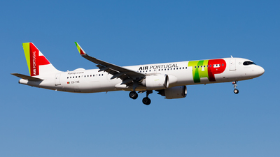 A picture of CSTXE - Airbus A321251NX - TAP Air Portugal - © Carlos Miguel Seabra