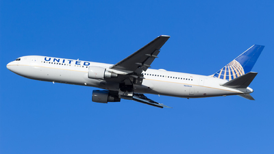N643UA - Boeing 767-322(ER) - United Airlines