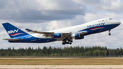 A picture of 4KSW888 - Boeing 7474R7(F) - Silk Way West Airlines - © yyj_plane_spotter