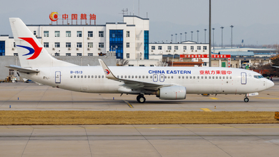 B-1513 - Boeing 737-89P - China Eastern Airlines