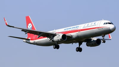 B-1677 - Airbus A321-231 - Sichuan Airlines