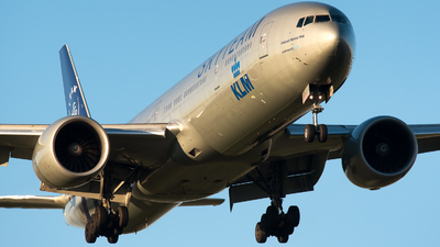 PH-BVD - Boeing 777-306ER - KLM Royal Dutch Airlines