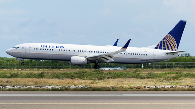 N36447 - Boeing 737-924ER - United Airlines