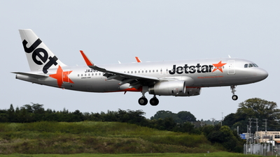 JA25JJ - Airbus A320-232 - Jetstar Japan Airlines