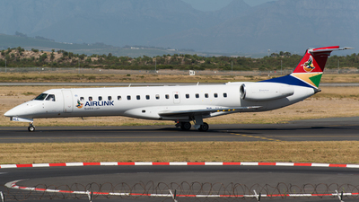 A picture of ZSALL - Embraer ERJ140 - Airlink - © Renier Siebrits