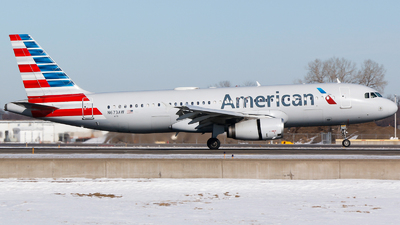 A picture of N673AW - Airbus A320232 - American Airlines - © Alec Mollenhauer