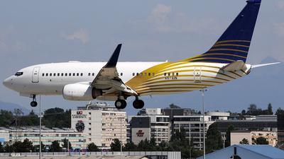 A6-AIN - Boeing 737-7Z5(BBJ) - Royal Jet