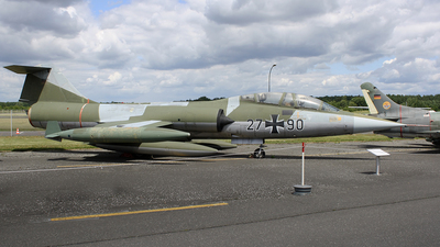 27-90 - Lockheed TF-104G Starfighter - Germany - Air Force