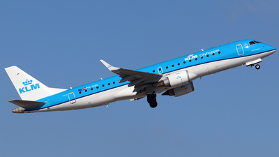 A picture of PHEXC - Embraer E190STD - KLM - © ms spot