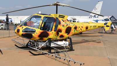ZT-RDM - Enstrom 480B - Safomar Aviation Operations