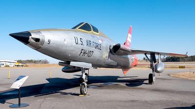 54-0107 - Republic F-105B Thunderchief - United States - US Air Force (USAF)