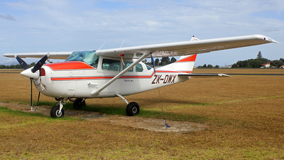 ZK-DWX - Cessna U206F Stationair - Private