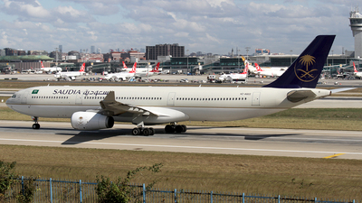 HZ-AQ22 - Airbus A330-343 - Saudi Arabian Airlines